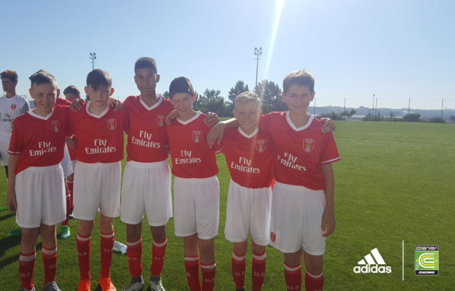 PERFORMANCE ACADEMY PLAYERS SPEND THE WEEK AT SL BENFICA